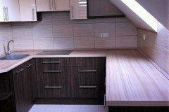 Tetőtéri nyitott konyha