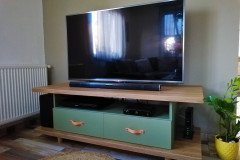 Fiókos alacsony tv szekrény